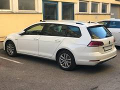 Автомобиль Volkswagen Golf 7 Универсал для аренды в Австрии