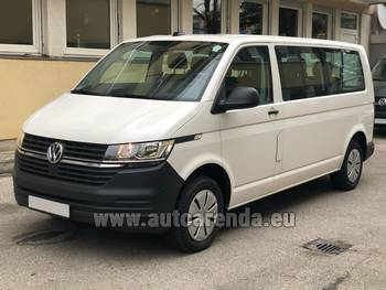 Аренда автомобиля Volkswagen Transporter Long T6 (9 мест) в Граце